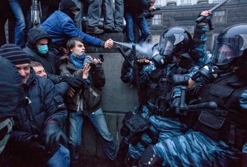 ukraine-police-clashes